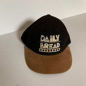 DAILY BREAD (adjustable hat)
